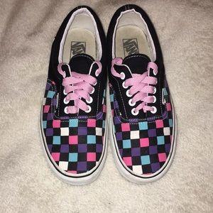 454e5f12969 Vans Shoes - 🌸Rare 🌸VANS Multicolored Checkerboard